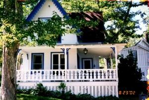 Rachel's house in Amity